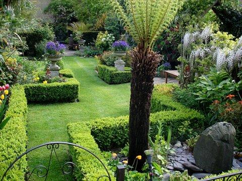 Chiswick Gardener maintains this hidden gem